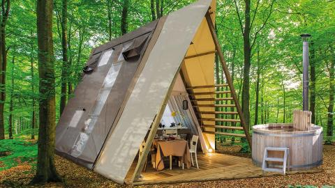 Glamping Luxury Hottub Cabin